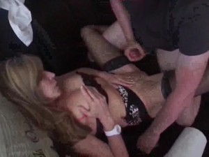 Maried Cougar/milf with young lover in..
